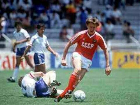 France 1 USSR 1 in 1986 in Leon. Oleg Blokhin leaves Jean Pierre Papin on the floor in Group C at the World Cup Finals.