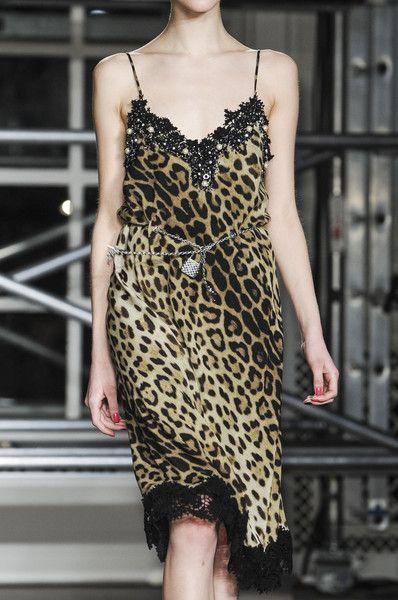 thetentsofbryantpark:  Moschino Cheap & Chic at London Fashion Week Fall 2013