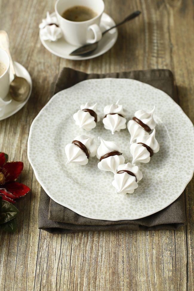 Chicche di meringa con cioccolato