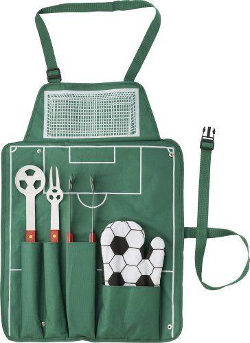 Die Fußballer Grillschürze ist ideal für die Grillparty nach einem wichtigen Spiel. Beinhaltet ein Grillbesteck-Set und einen Grillhandschuh. Das ideale Geschenk für Fußballfans und Grillmeister