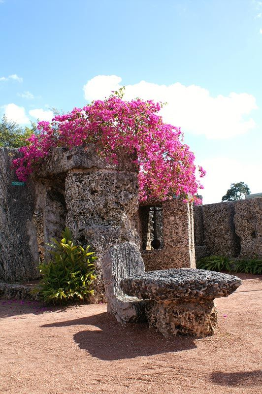 I would love to visit Coral Castle someday. :)