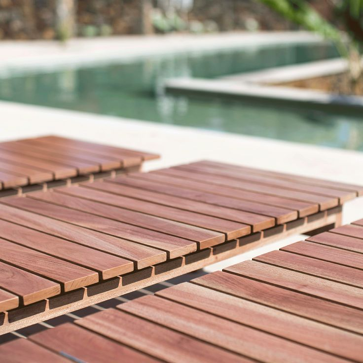 wooden deck chair Ilios