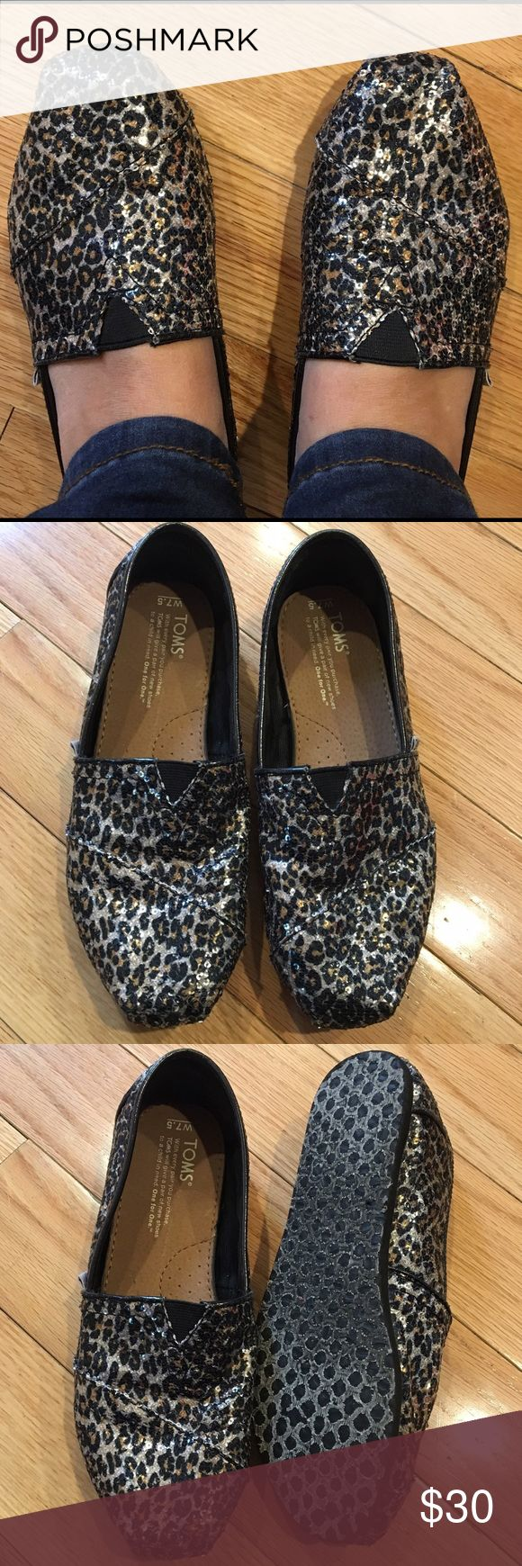 Sequin Leopard Toms Size 7 1/2, sequin, glitter, leopard print, great Condition TOMS Shoes Flats & Loafers