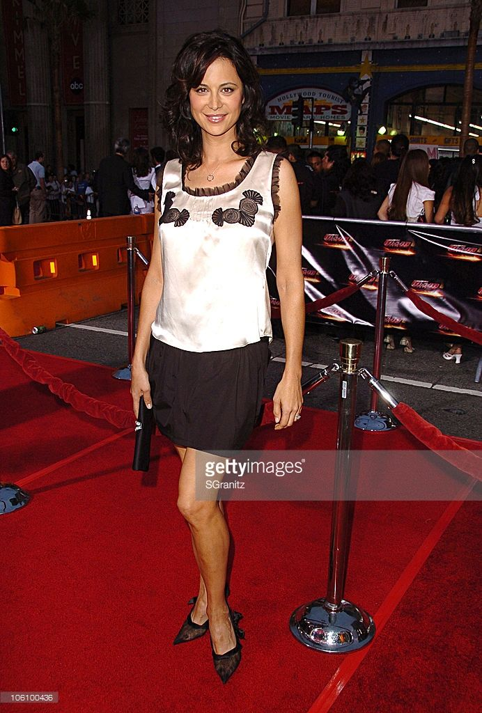 Catherine Bell during 'Mission: Impossible III' Fan Screening - Arrivals at Grauman's Chinese Theatre in Beverly Hills, California, United States.
