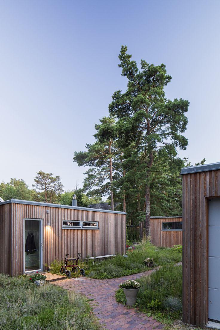 One Story Wooden Villa Ljung By Johan Sundberg   CAANdesign