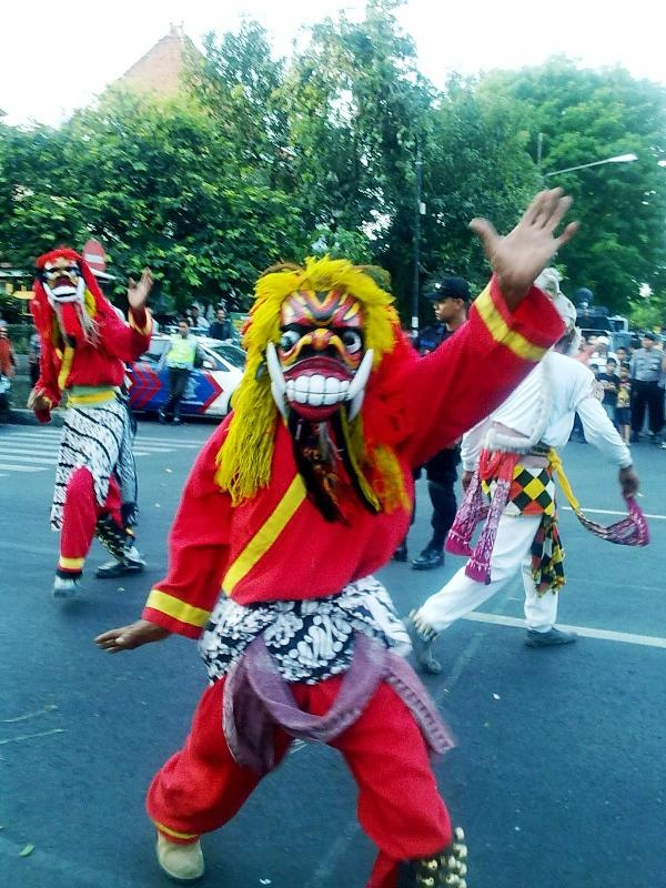 Reog Ponorogo. Snapped the pic last year in Surakarta