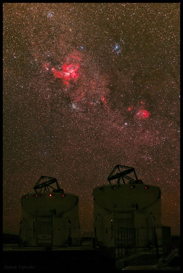 A deep view of the Milky Way in the constellation Carina is photographed in this single-exposure image from Cerro Paranal observatory in Chile