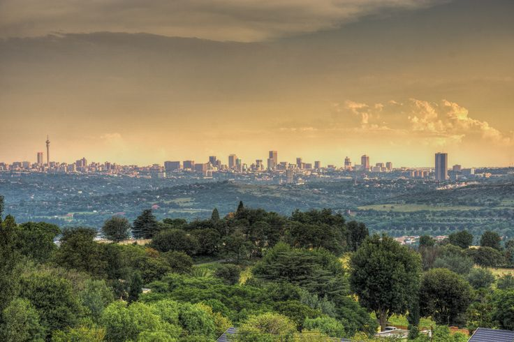 """Joburg Sunset from Northcliff Hill"" has been published on Pascal Parent Photos  More information at http://wp.me/p4WBG2-e8 Photo 31 of 356 of the 2015 Collection Randomly chosen by Andrew Stevenson from my Blue collection. I am now hoping that I can return to my normal routine and post a photo a day, I'll also catchup a few which like this one will be back dated, I am sure you will forgive me. This was shot on a stormy evening in the good company of Joburg Photowalke"