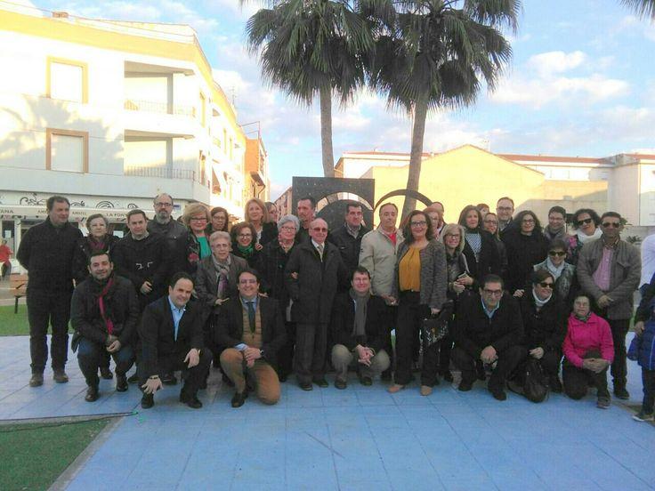 Otro día para el recuerdo. Inauguración en Montijo del monumento al donante de sangre. En la imagen, algunos de los presentes, entre ellos: el Consejero de Sanidad de la Junta de Extremadura, el alcalde de Montijo, la presidenta de la Hermandad de donantes de sangre de Badajoz y la coordinadora local de la hermandad en Montijo. #DonaSangre #DonaVida