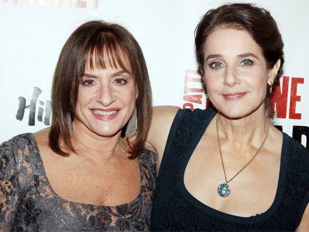 Debra Winger и Patti LuPone, обе FG