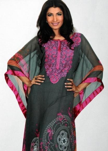 Kaftan style. Lovely colour combination!