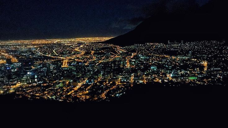 My city by night! Love this place. . . . . . .. . . . #capetown #mycity #nightlights #nightlife #night #lights #views #colours #viewfromthetop #viewpoint #signalhill #tourist #photography #shotoniphone #mobilephotography #photo #photooftheday #beauty #happyplace #myhome #touristinmycity #joinme #photographer