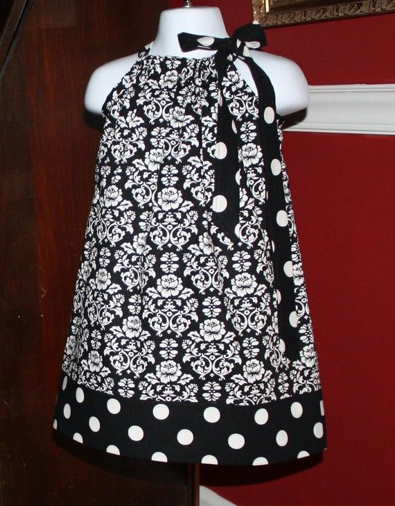 black on the outside ... pillowcase dress: Baby Girl Dresses, Black And White, Baby Clothes, Baby Girl ︎ ︎, Baby Adlie, White Baby, Baby Girls, Baby Boy