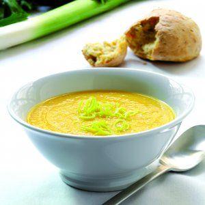 Fin cremet efterårs suppe. En af det første jeg er stødt på, hvor der hverken skal mælk eller kokosmælk i.