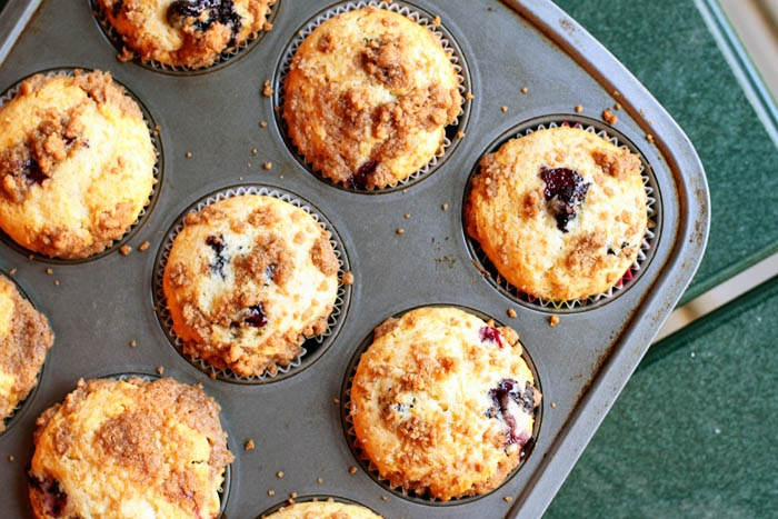 Blueberry Crumble Muffins | Breakfast | Pinterest