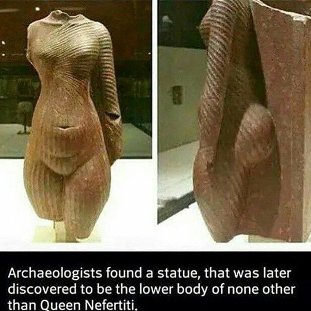 Great Royal Queen Nefertiti S Lower Body Does Not Match