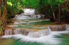 Fototapeta F3466 - Piękny wodospad w tajlandzkim lesie