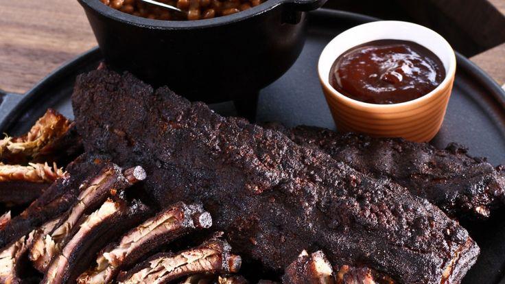 Une recette de sauce barbecue à la cassonade et au bourbon, présentée sur Zeste et Zeste.tv.