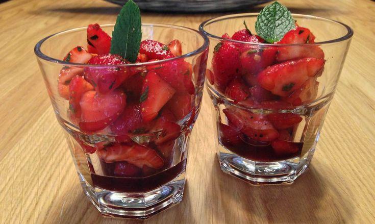Aardbeien balsamico dessert
