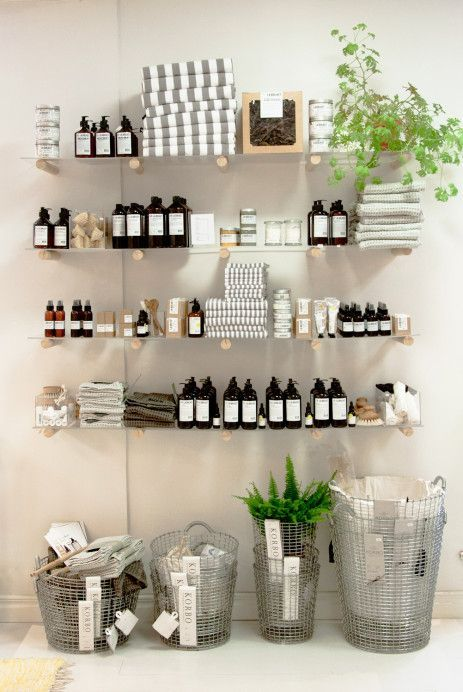 Best 25 spa room decor ideas on pinterest for A creative touch beauty salon