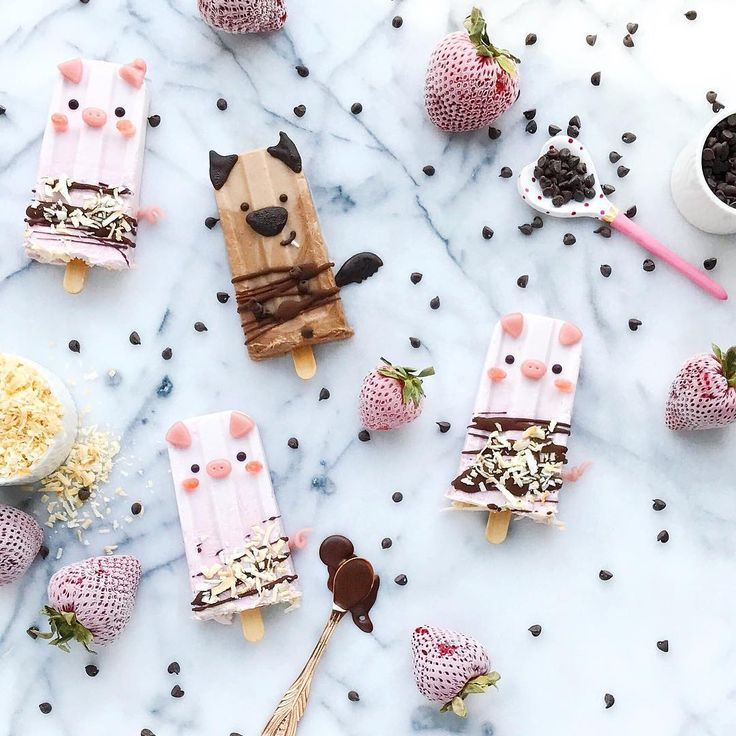3 Little Pigs & the Big Bad Wolf smoothie popsicles by Jessica (@luxeandthelady)