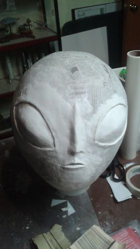 Grey Alien from Cosmotiger at halloweenforum.com