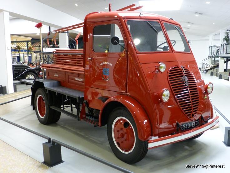 camion dmah service incendie 1948 peugeot museum france camion ancien pinterest. Black Bedroom Furniture Sets. Home Design Ideas