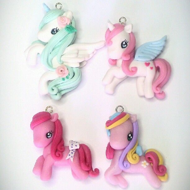 #lovely #unicorn VS #sweet #pony ! #handmade #horses #polymerclay #fimo #cernit - @danielapupa- #webstagram