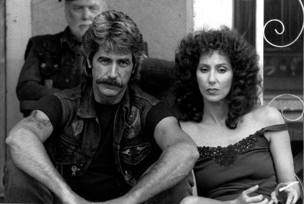 """Сэм Эллиотт и Шер в фильме """"Маска"""" (1985). #Cher #Elliott"""