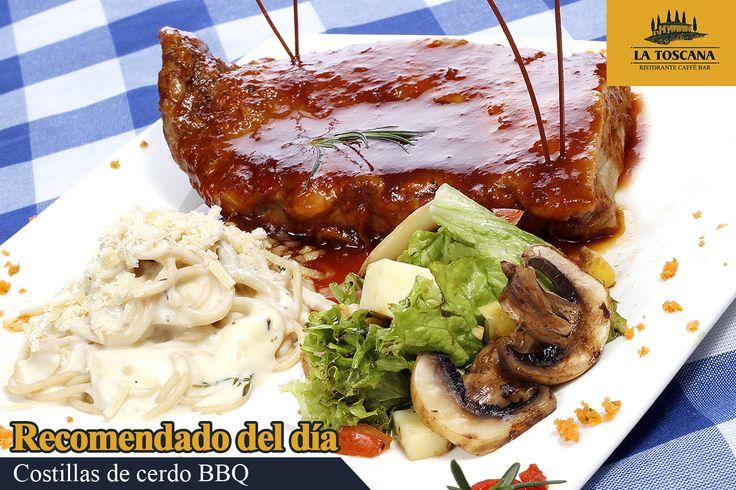 Costillas de cerdo BBQ a la toscana  Costillas de cerdo a la parrilla bañadas en salsa BBQ de tamarindo, acompañadas de Spaguetti Alfredo, ensalada y pan de la casa. Todos nuestros platos de domicilios incluye bebida y postre.