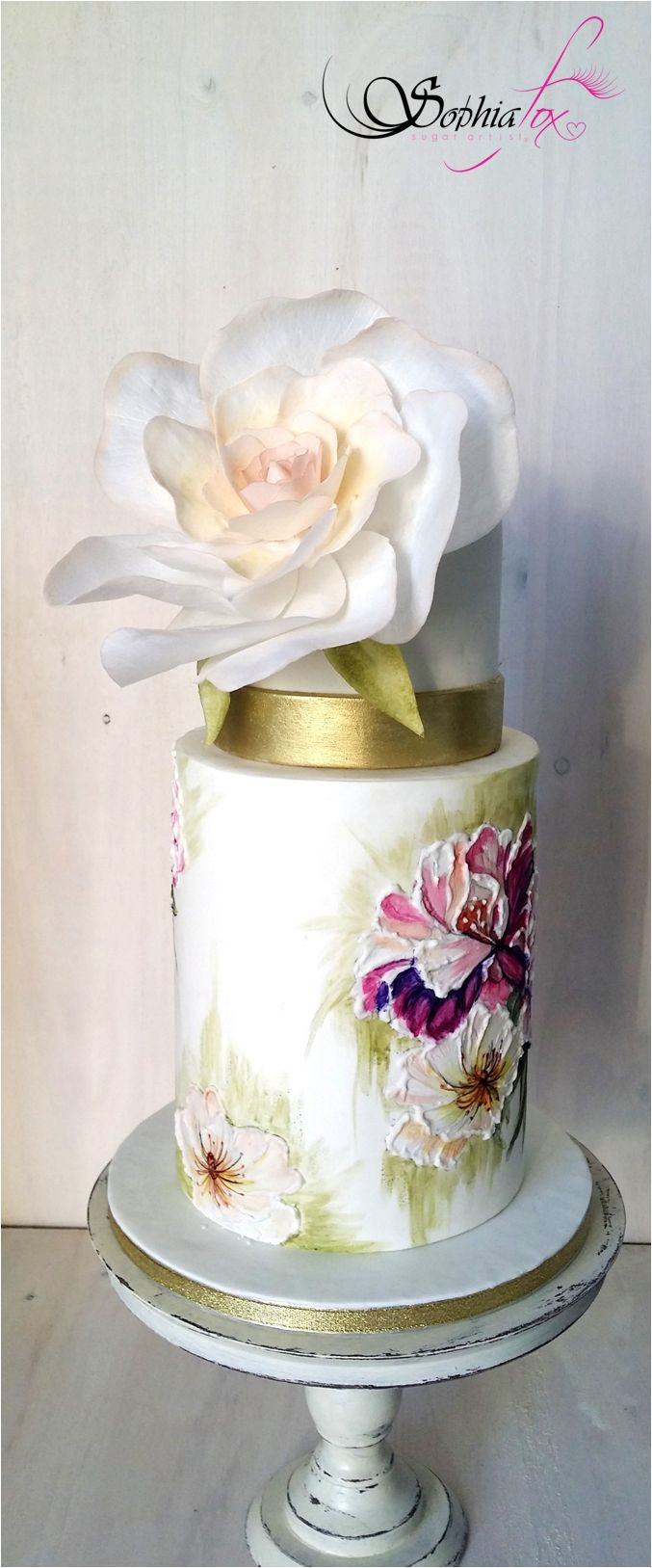 "Glacê Painting Style ""Painted Wedding Cake with wafer paper Rose"""