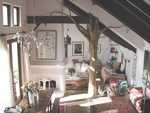 Trees should be brought inside.Nature, Dreams, Livingroom, Beams, Interiors Design, Living Room, Trees House, Inside House, Indoor Trees