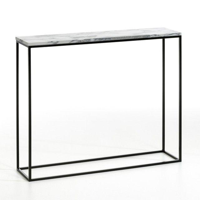 Material und Details:Gestell Metall, schwarz lackiert (Epoxylack)Tischplatte Marmor. Jeder Tisch ist ein Unikat, die Marmorierung fällt mal mehr, mal weniger prägnant aus. Masse: - B. 90 x H. 75 x T. 22 cmUmfang und Gewicht der Lieferung: B. 100 x H. 23 x T. 75,5 cm, 21 kg