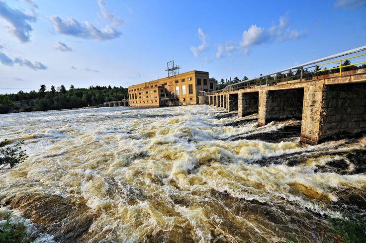 life flows fast - norman dam kenora