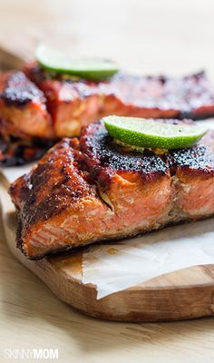 You have to try this healthy salmon for dinner tonight!