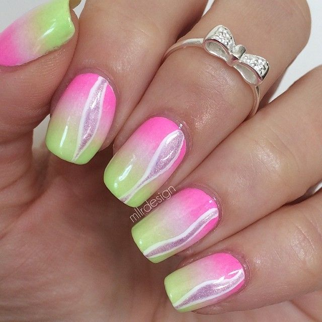 510 best green and red colored nails images on pinterest make up designs to try delicate nail arts for this weekend pretty designs prinsesfo Gallery