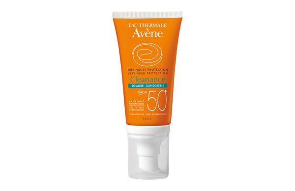 Protect oily skin without making it break out with the new Avene Very High Protection Cleanance SPF50+ sunscreen.