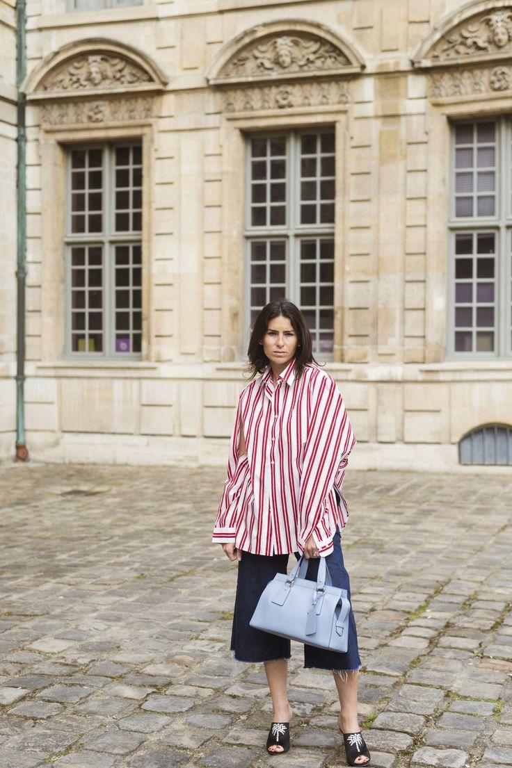 Sac: Armani,   Chemise: Balenciaga,   Pantalon: Achro,  Chaussure: Attico, black, stripes, denim, cool, fashion, bag, paris, 2017, street style