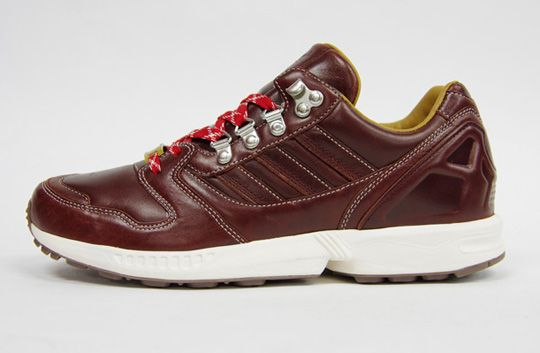 leather hiking sneaker