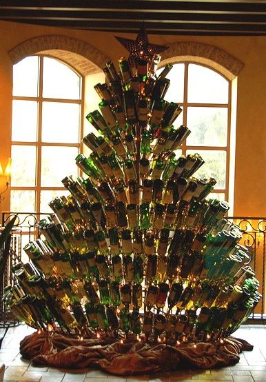 Wine bottle Christmas Tree. (A week's worth of partying.) love this!