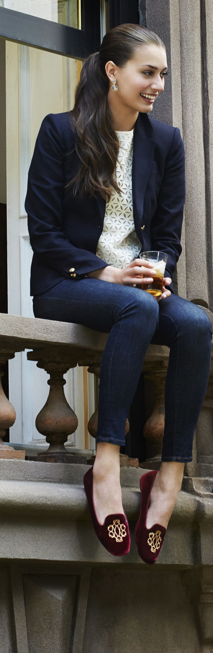 Navy blazer and skinny + crème lace top