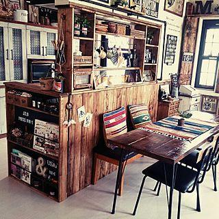 女性で、3LDKのinstagram→juju.312/ナチュラル/窓枠/カフェ風/キッチンカウンター…などについてのインテリア実例を紹介。「狭い我が家はダイニングテーブルを置く場所すら無いので、ダイニングチェアだけカウンターに置いています( ˃̣̣̥ω˂̣̣̥ )」(この写真は 2016-02-18 16:54:19 に共有されました)