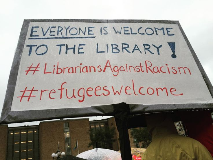 Statement from Swedish #librarians at a rally for the support of #refugees from Syria, September 6th, Stockholm. Photo: Amanda Stenberg