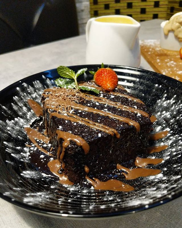 You Will Thank Me Later After Tasting This Incredible Chocolate Sponge Cake Smothered With Milk Chocolate An Halal Recipes Food Chocolate Sponge Cake