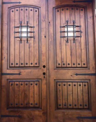 antikolt kivitelű, boltíves bejárati ajtó - BútorKovács