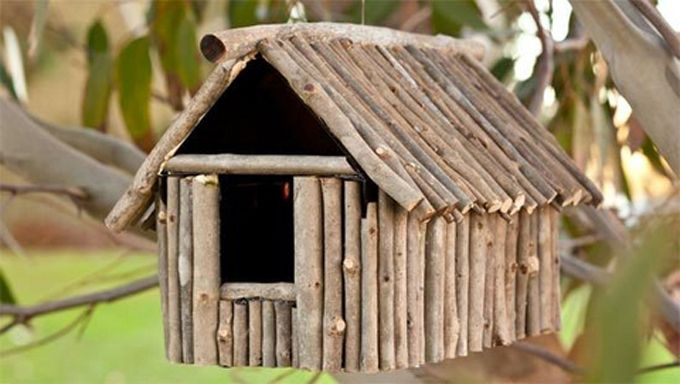 Easy diy decorative birdhouses made by used plastic bottles, wood, and gourd. step by step tutorial of making garden birdhouses at home