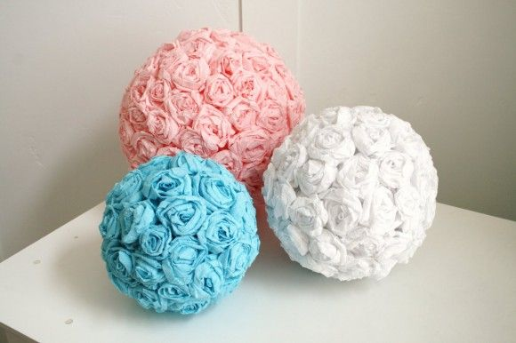 Tissue paper pomanders have become a wedding mainstay over the last few years, showing up just about everywhere you look. While I still love them, I think it's time we make room for their updated counterpart, the crepe paper flower pomader. How adorable are these? They'd be perfect as decor, for flower girls or the flowers could even be used to create budget-friendly DIY centerpieces.: Paper Rose, Flower Ball, Wedding, Paper Flowers, Craft Ideas, Diy, Party Ideas, Crepe Paper, Crafts