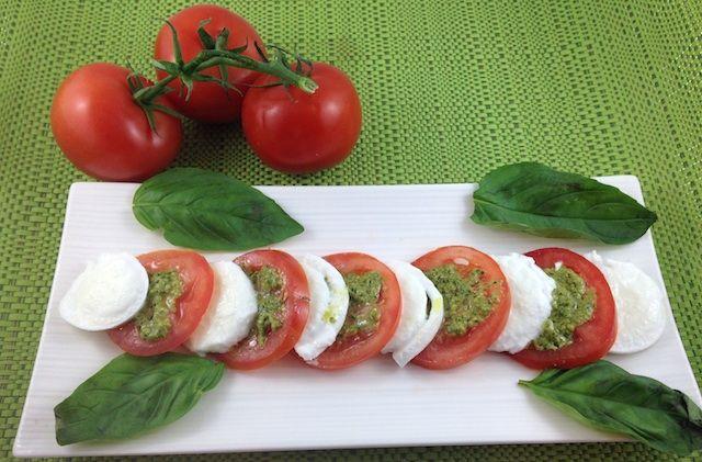 Layered Tomato, Pesto & Buffalo Mozzarella Cheese Salad