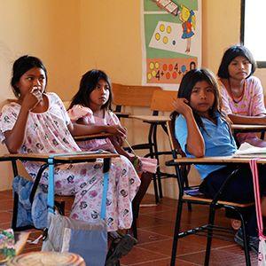 Los niños indígenas Wayuu en el pueblo de Pessuapa, Colombia. ONU/Gill Fickling