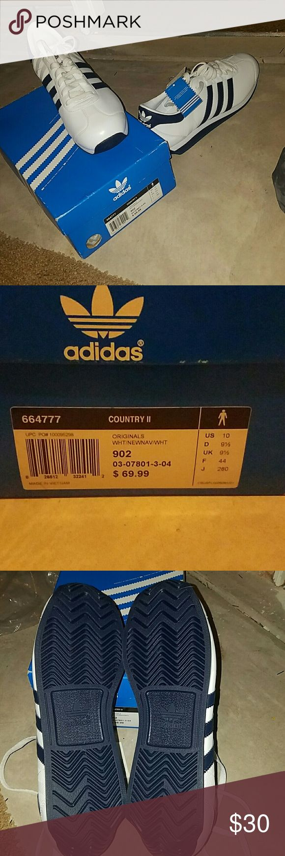 Adidas Country II, Size 10 NWT, Never worn, White and Navy Adidas Shoes Sneakers